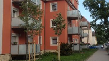 Montage von 3-stöckigen Balkontürmen in Regensburg (seitliche Ansicht)